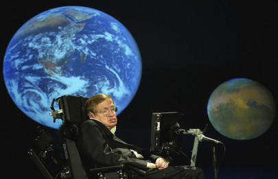 Professor Hawking: Pollution and 'Stupidity' Are Biggest Threats to Humanity